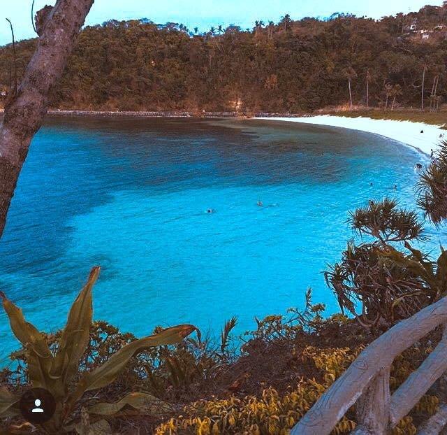 lapuz lapuz beach