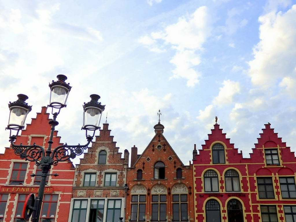 8 Romantic Things To Do in Bruges Belgium
