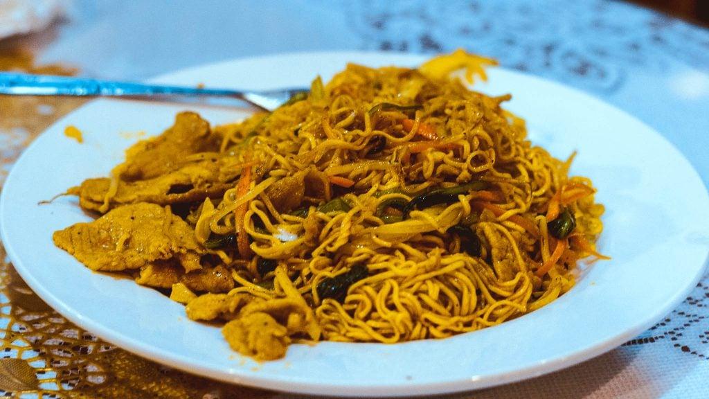 food in vietnam Mì Xào