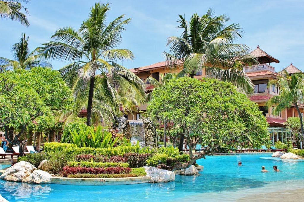 best places to stay in Bali honeymoon hotel