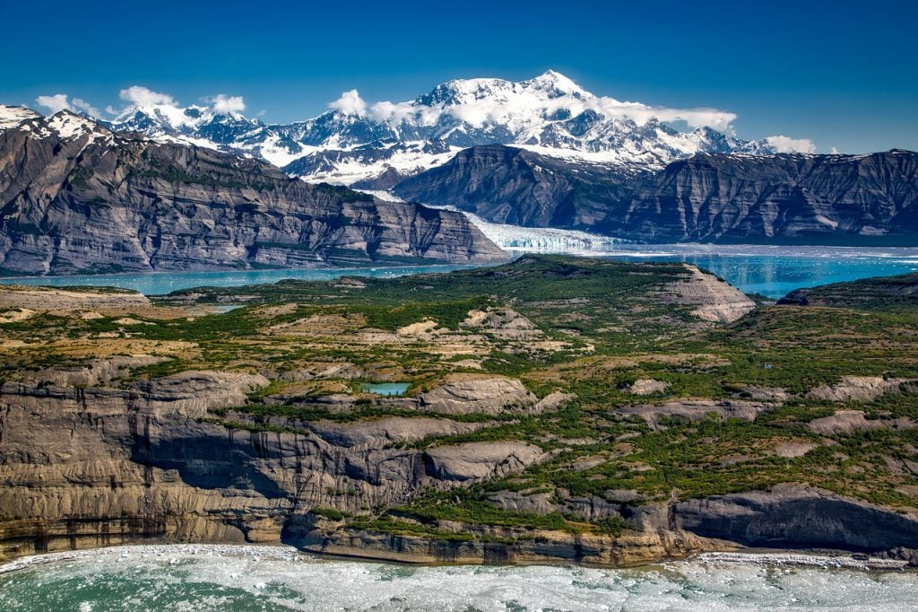 Romantic getaways in Alaska