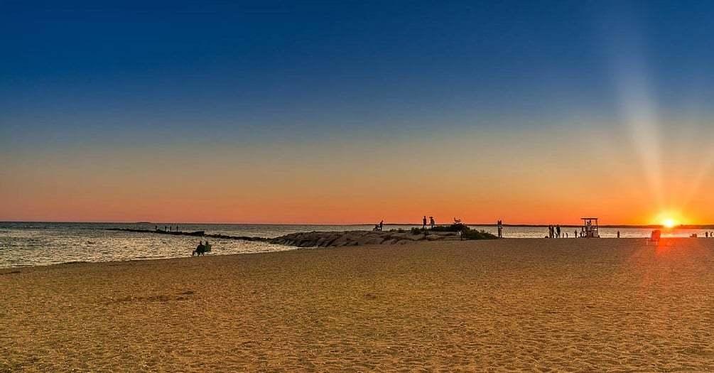 best beach hotels in connecticut