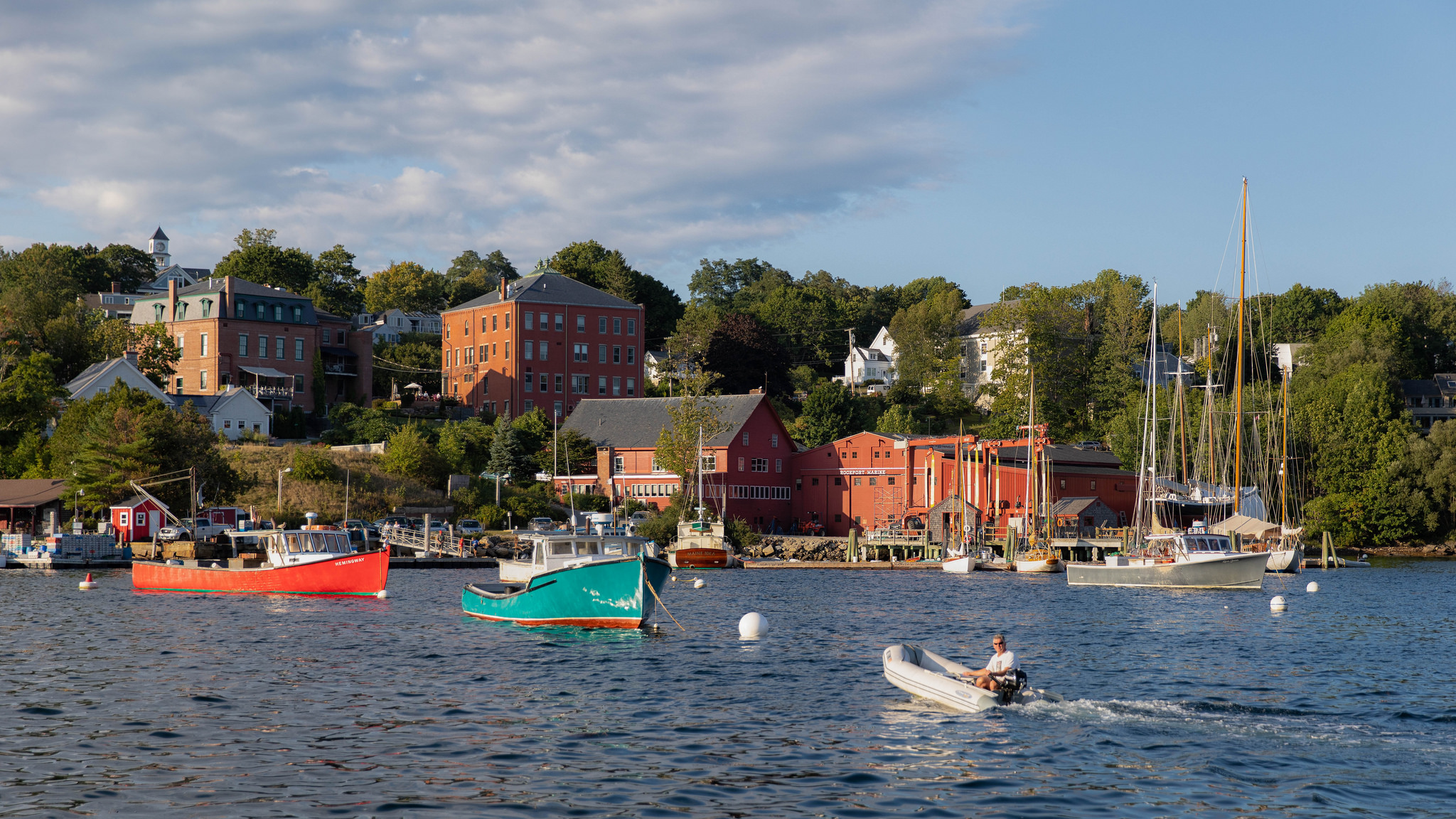 vacations spots in maine