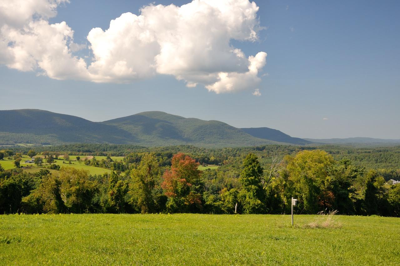 mountains in massachusetts
