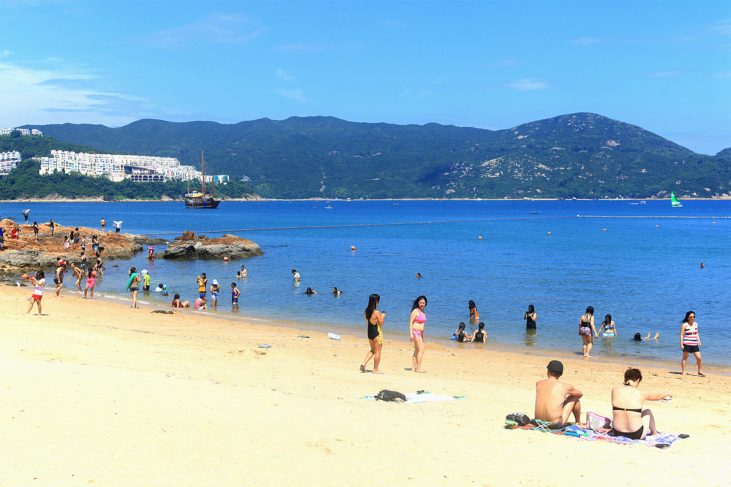 romantic activities for couples in hong kong